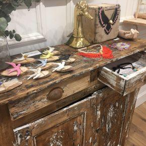 Galería Échale Guindas, bella por dentro y porfuera
