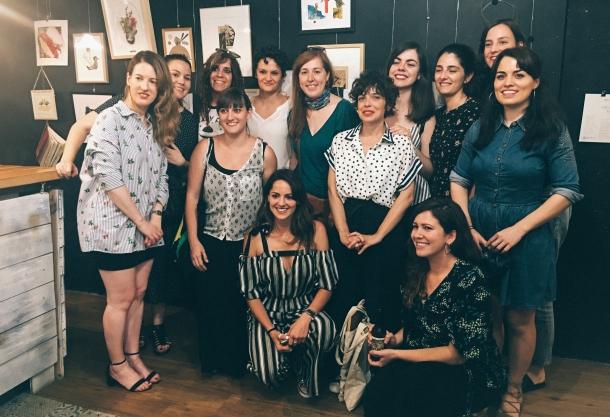 Breve encuentro de Mujeres que cortan y pegan